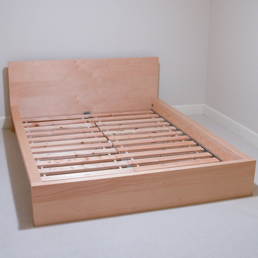ikea hamar queen bed frame ebth. Black Bedroom Furniture Sets. Home Design Ideas
