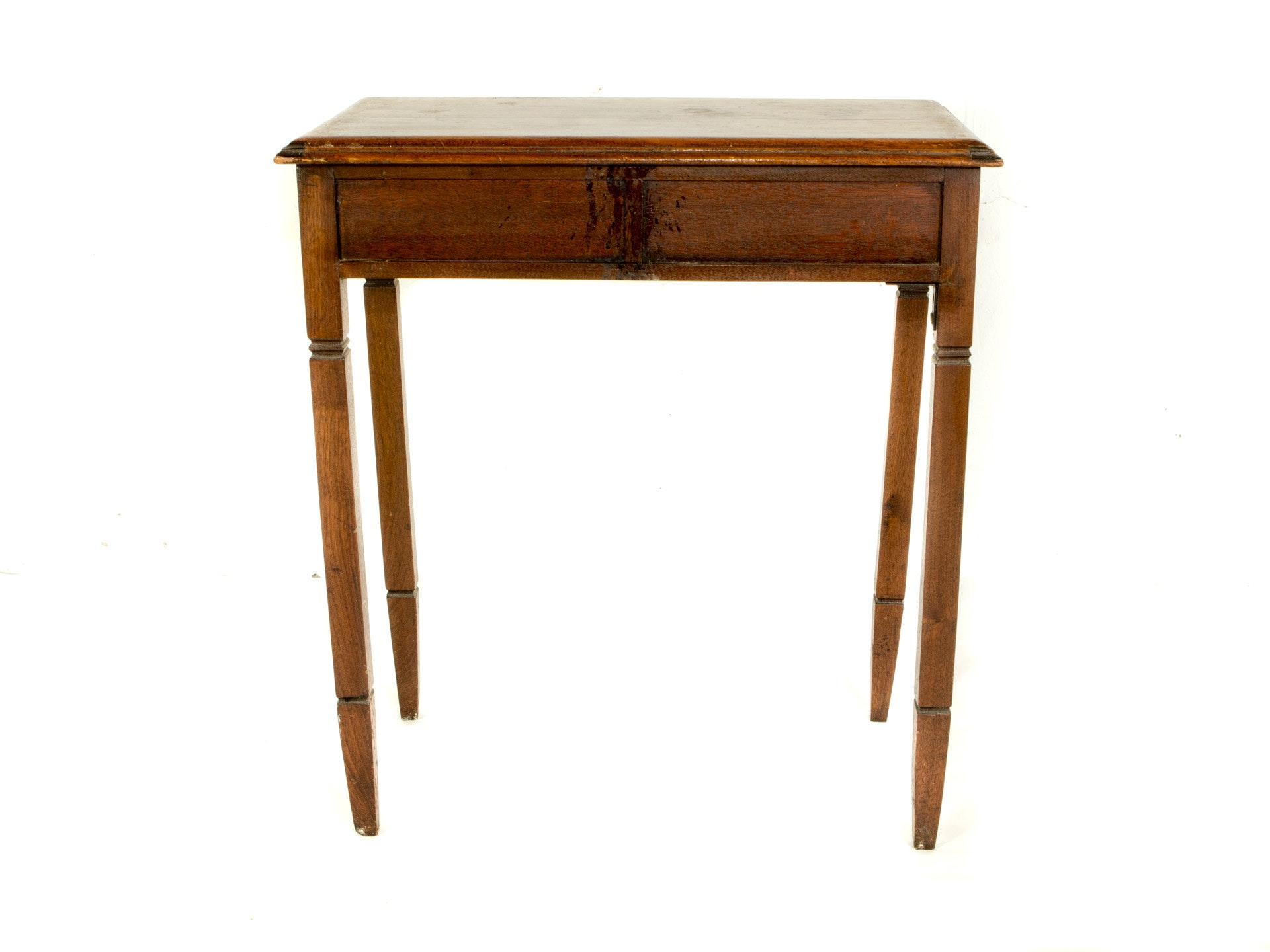 Morristown Auto Sales >> Antique Oak Accent Table : EBTH