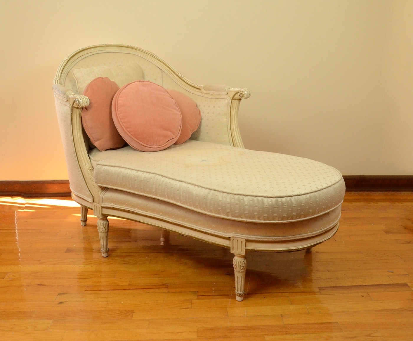 Louis xvi style upholstered chaise ebth - Chaise louis xvi pas cher ...