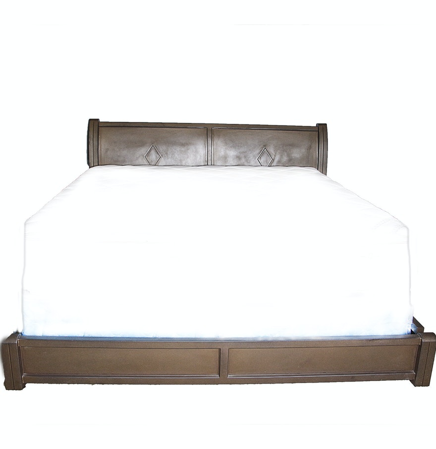 Wooden king size bed frame ebth for Wood bed frames for king size beds