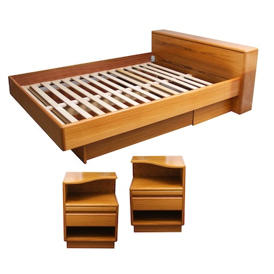 Blackhawk King California Oak Wall Bed With Lighted