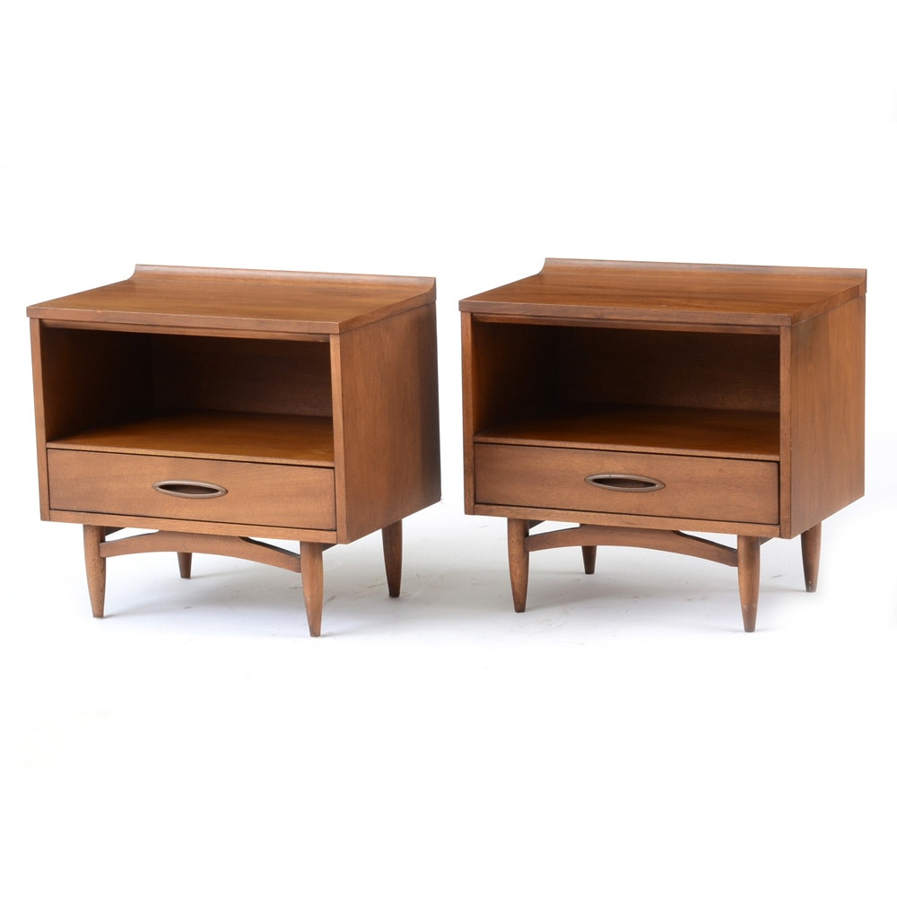 Pair of Broyhill Sculptura Walnut Nightstands