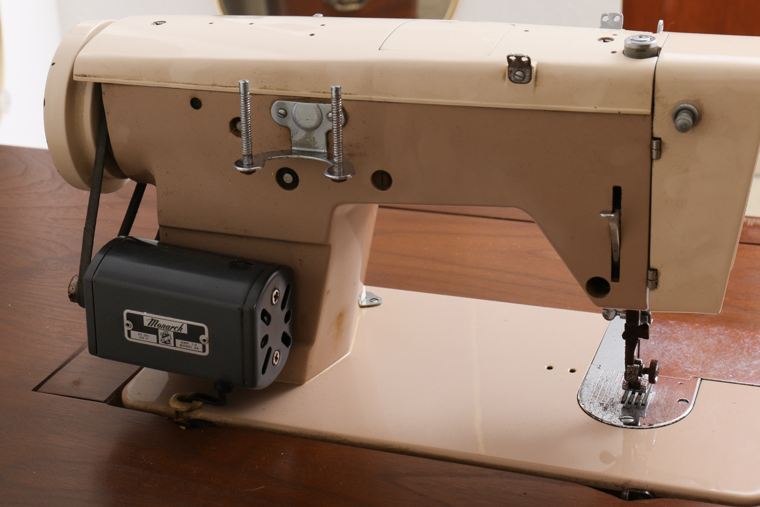 parsons sewing machine cabinets