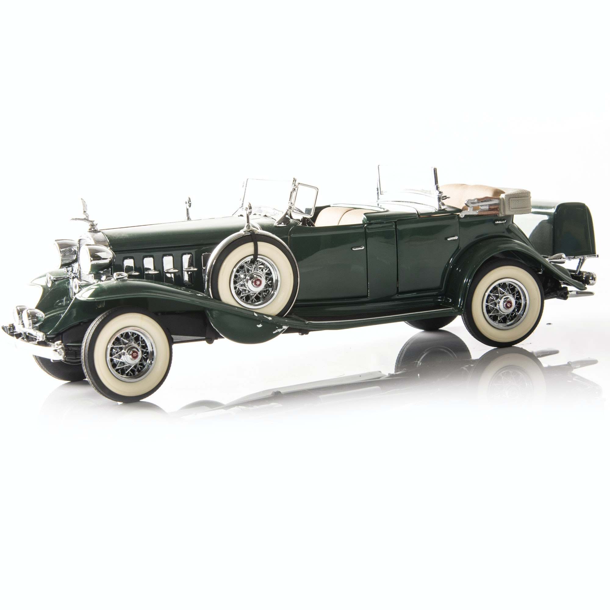 Danbury Mint Die-Cast Model 1932 Cadillac V-16