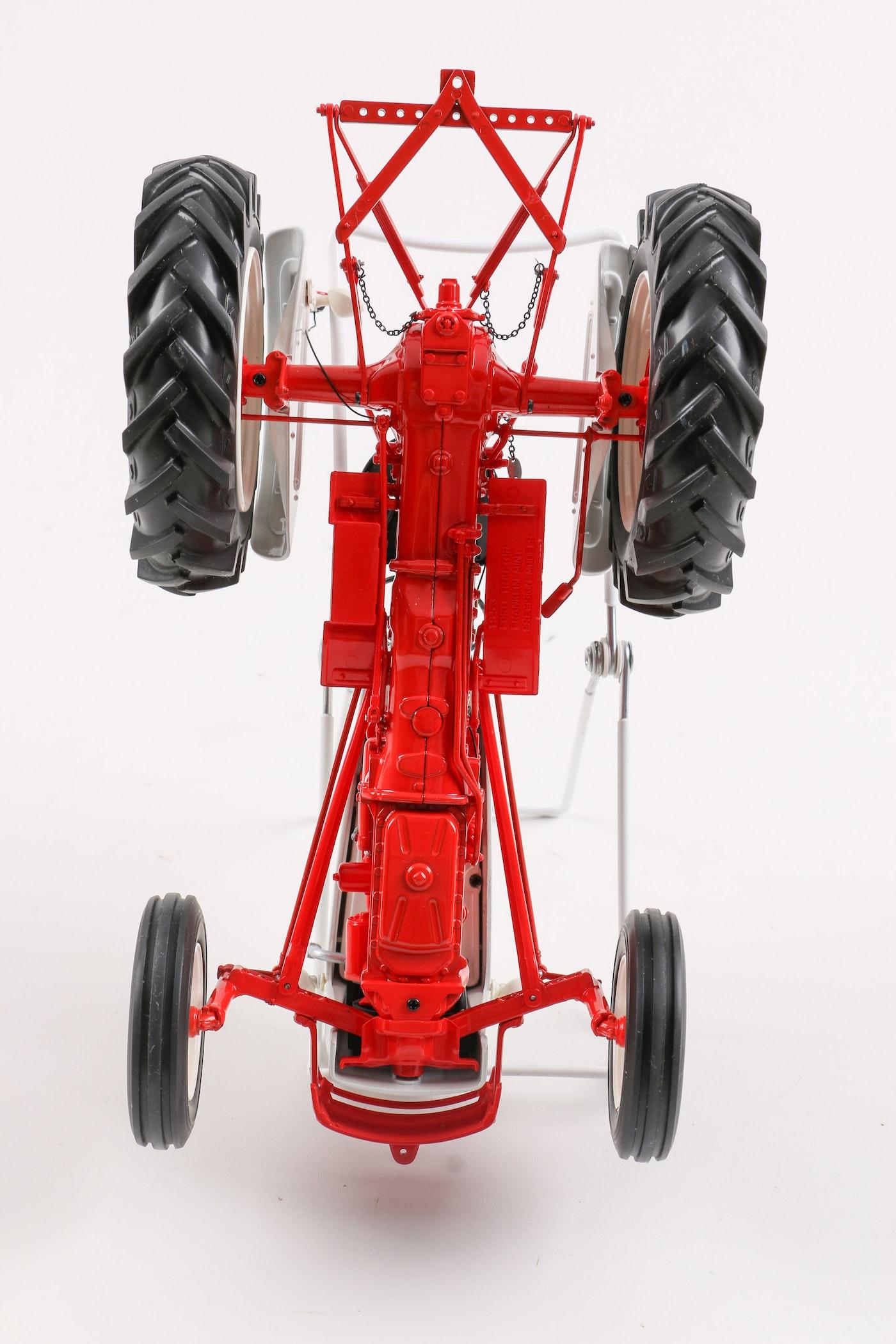 franklin mint 1953 ford jubilee tractor ebth. Black Bedroom Furniture Sets. Home Design Ideas