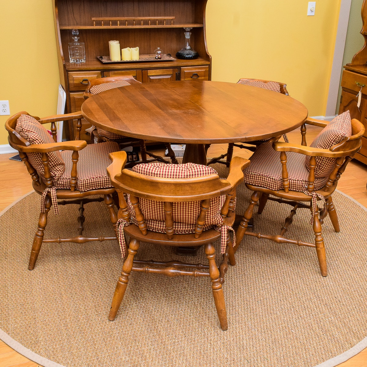 Gentil Oak Captains Chairs And Table ...