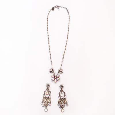 6931798a7cc31 Vintage Designer Earrings   Online Vintage Earrings Auction   EBTH
