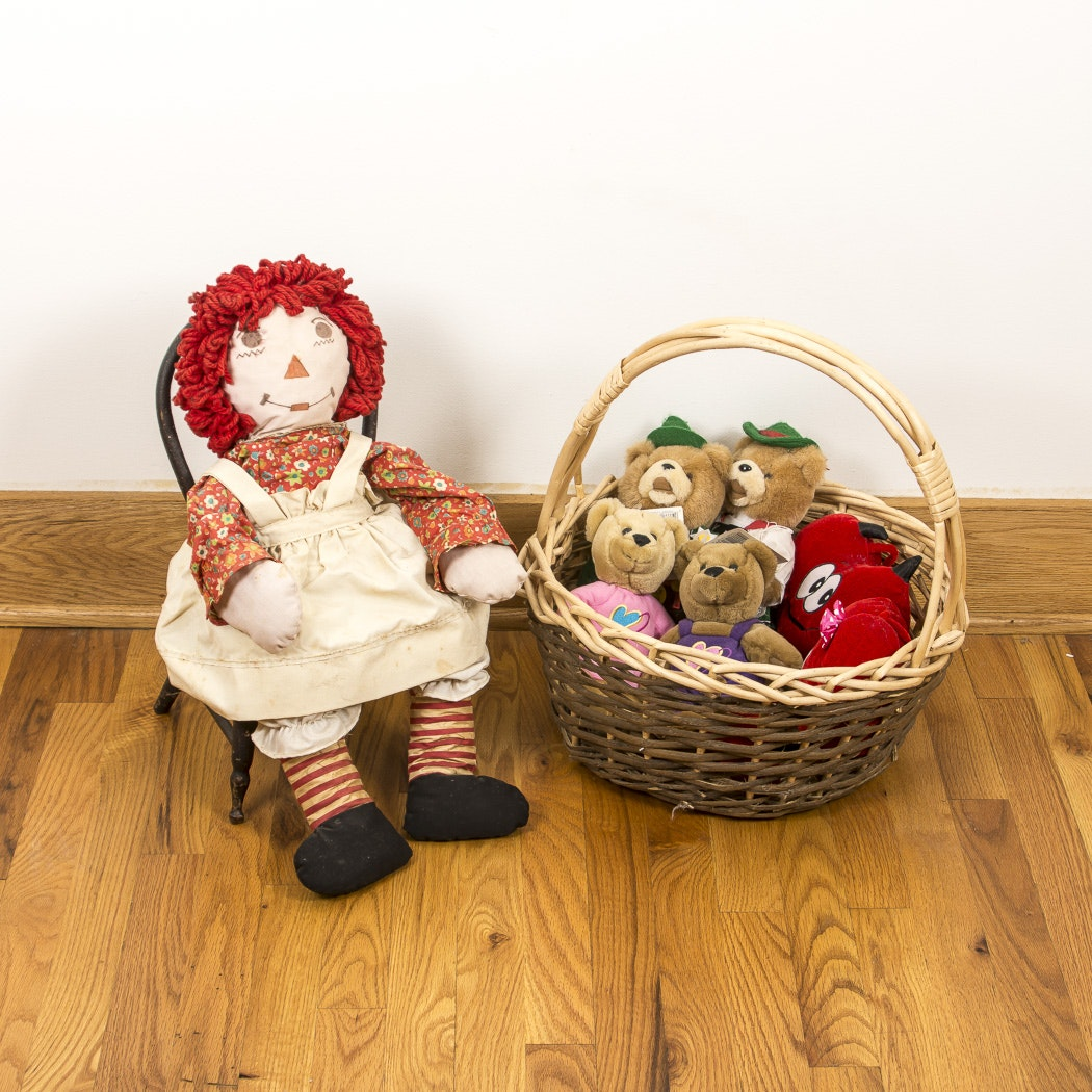 Vintage Stuffed Animals And Raggedy Anne Doll With Chair