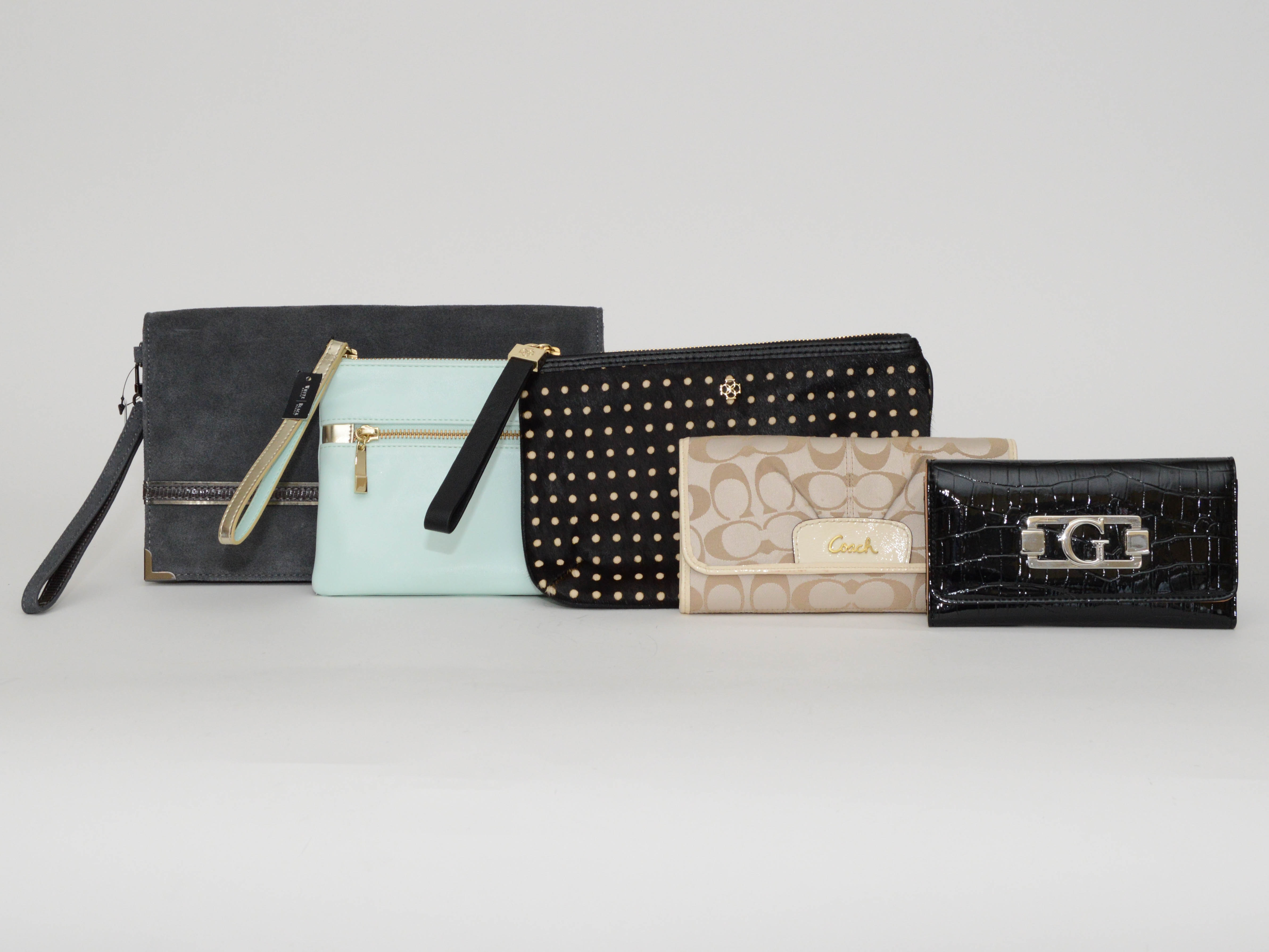 Assemblage Of Wallets And Wristlets Ebth