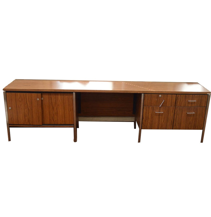 large mid century modern office desk by drexel ebth. Black Bedroom Furniture Sets. Home Design Ideas