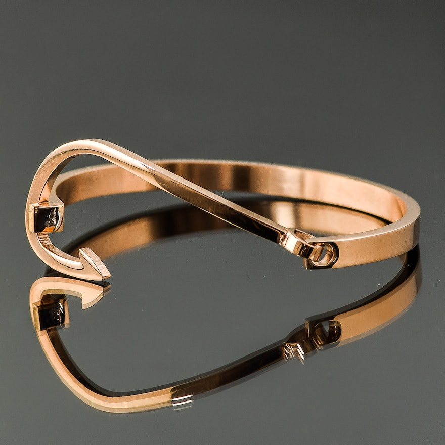 Rose Gold Plated Stainless Steel Fish Hook Bracelet