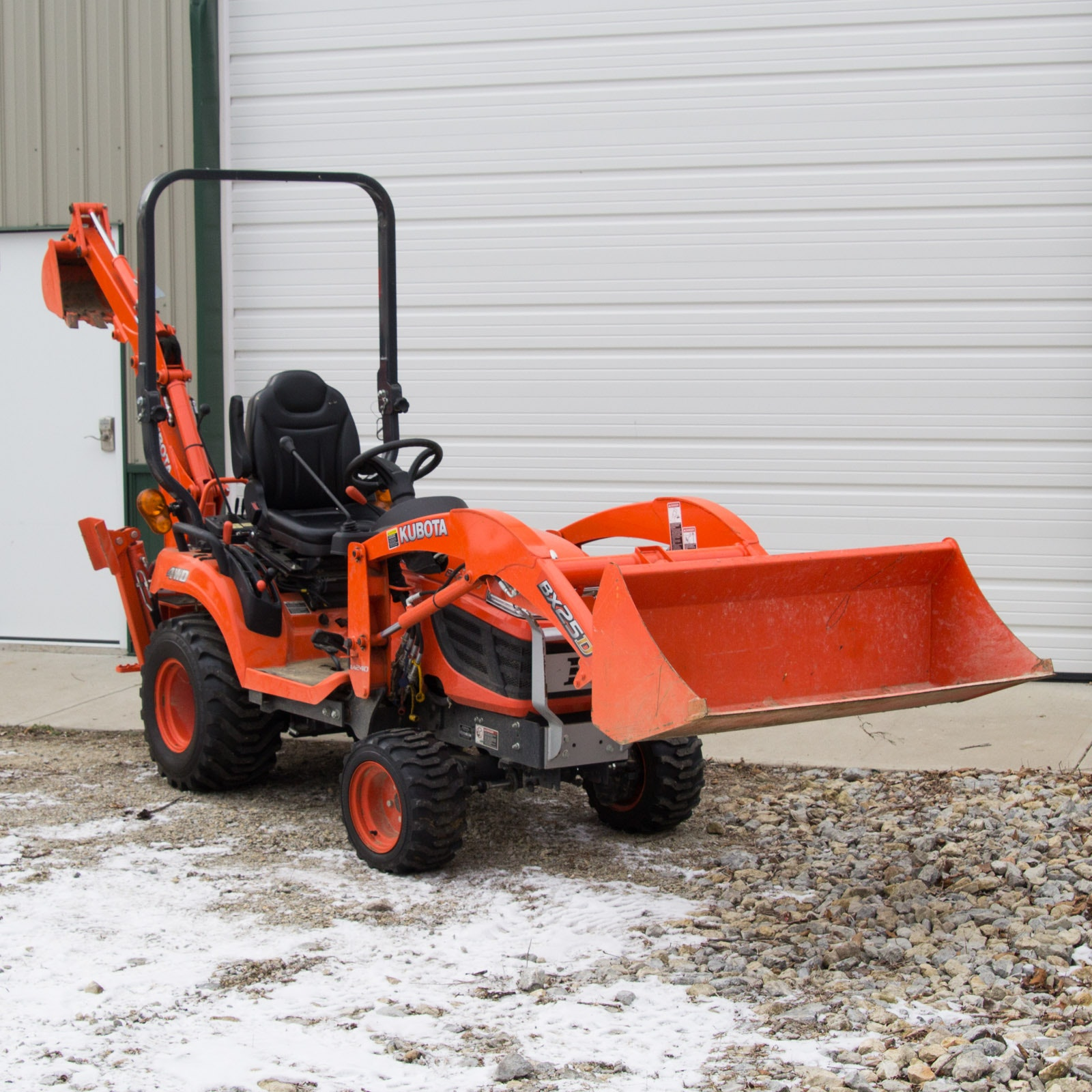 Kubota BX25DLB Tractor with Loader and Backhoe Attachments