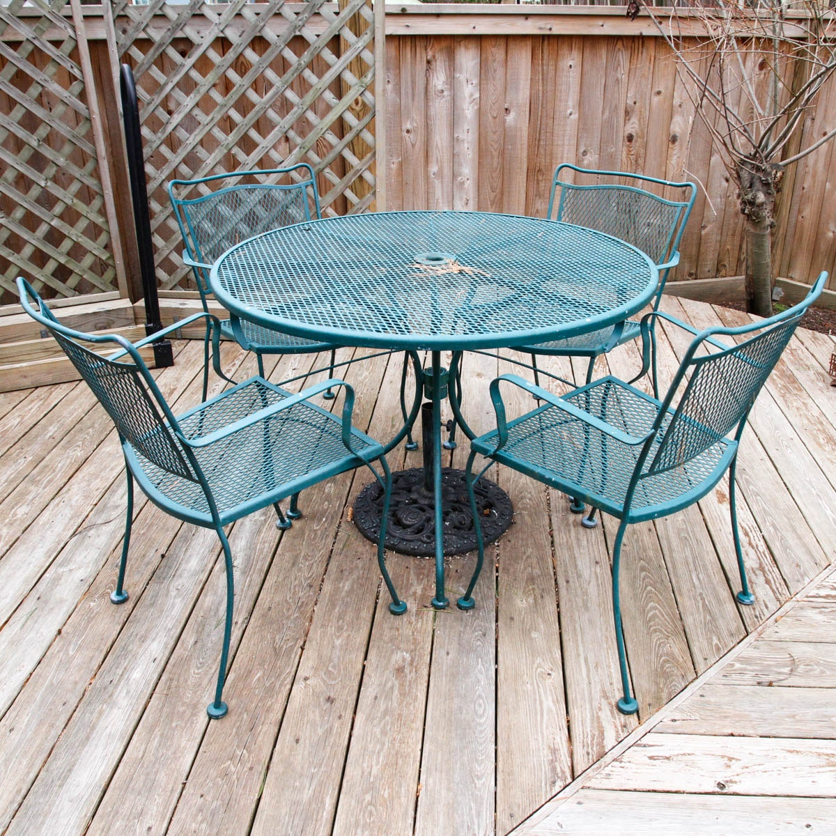 Green Metal Patio Furniture ...