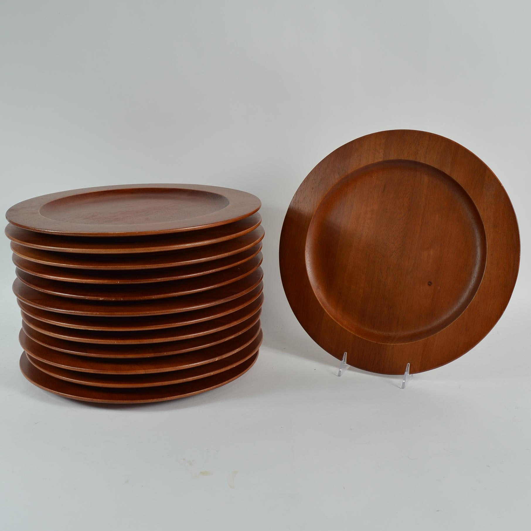 Set of Acacia Wood Dinner Plates From The Cellar ... & Set of Acacia Wood Dinner Plates From The Cellar : EBTH