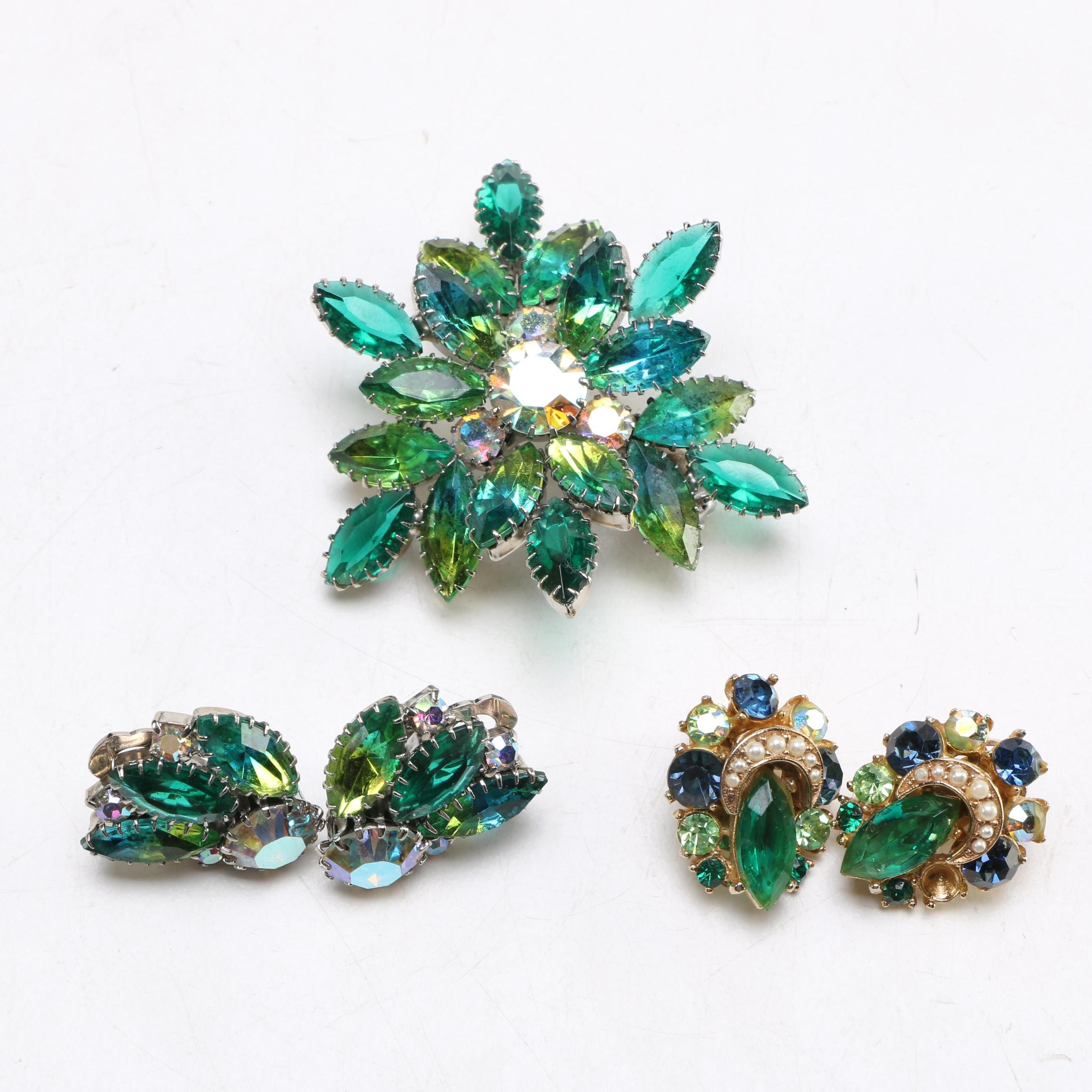 Brooch With Two Pairs of Earrings