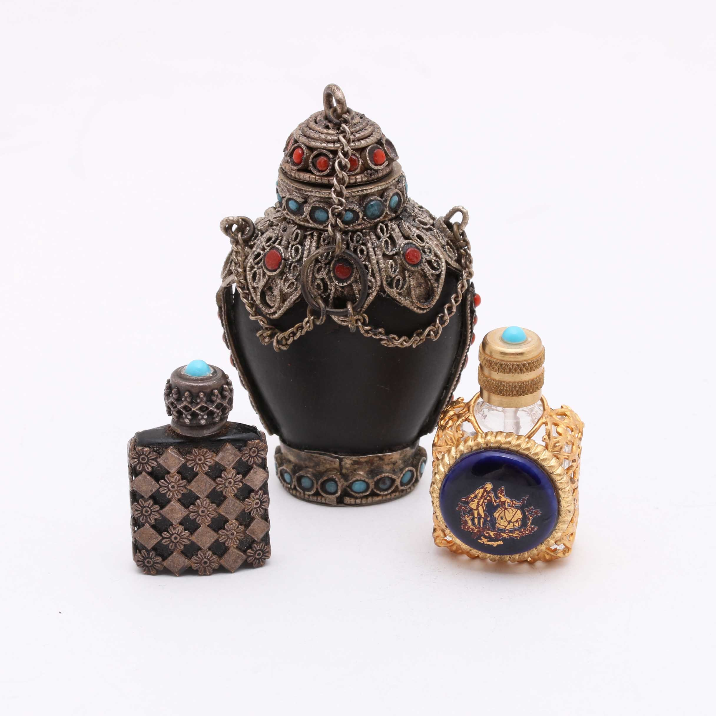 Assortment of Snuff and Perfume Bottles