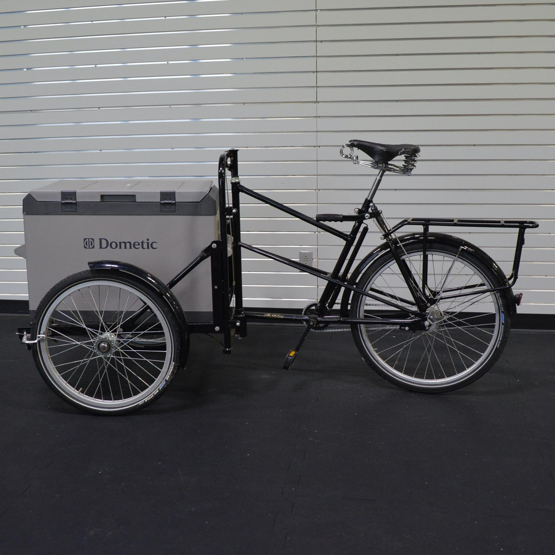 Pashley Carrier Bicycle with Dometic Cooler