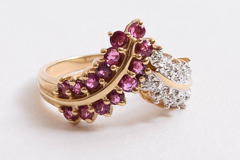 """10K Ruby & Diamond Flying """"V"""" Ring"""
