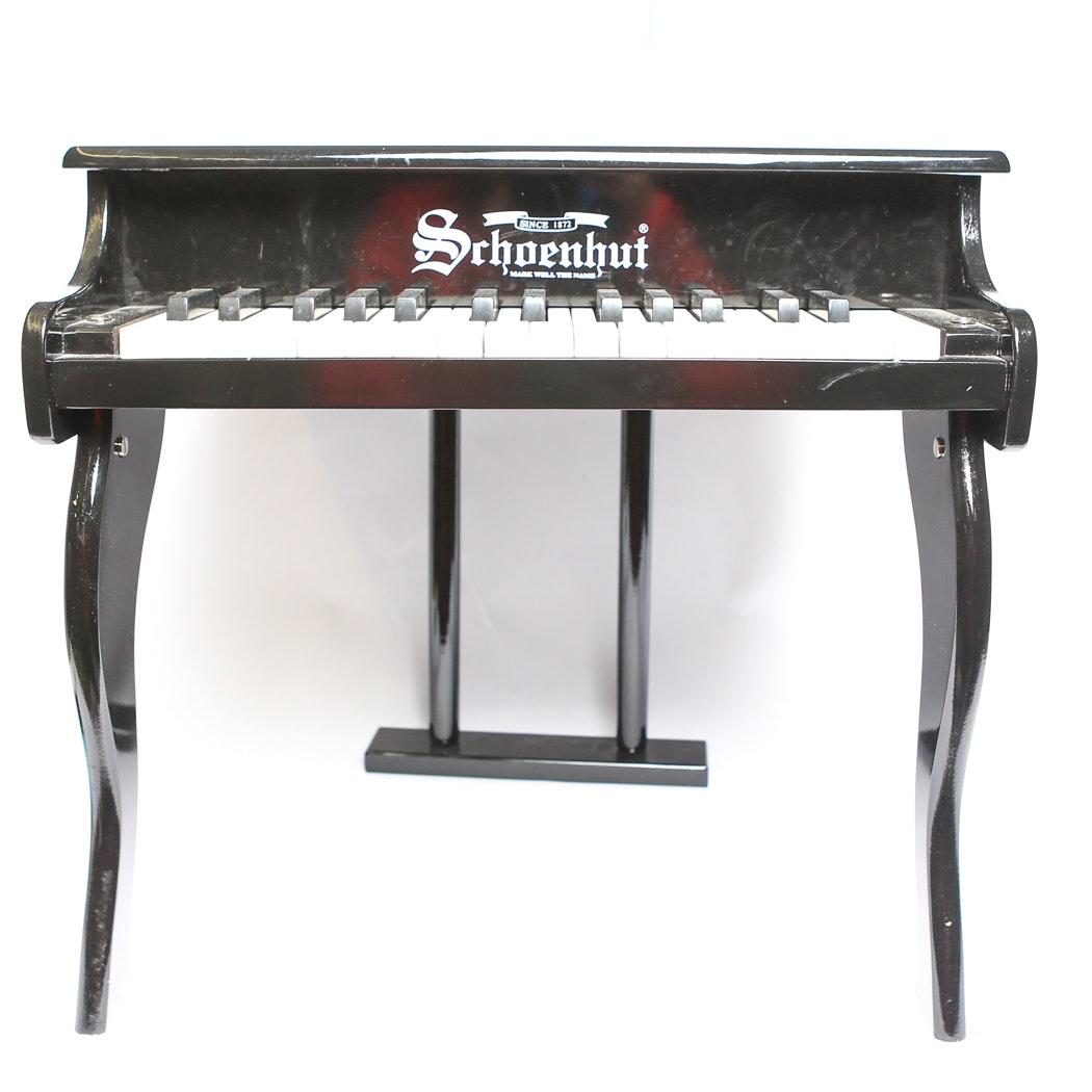 Schoenhut Piano Company Miniature Piano