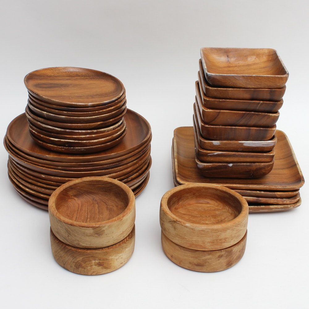 Collection of Wooden Plates and Bowls ... & Collection of Wooden Plates and Bowls : EBTH