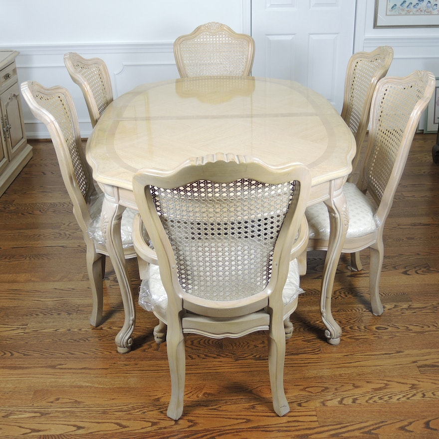 Thomasville French Provincial Style Dining Table And Six Chairs