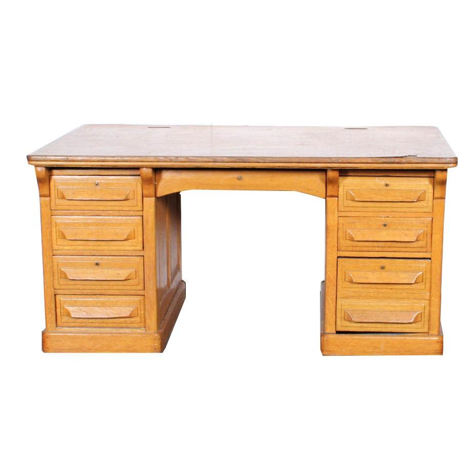 Early 20th Century Oak Double-Pedestal Desk
