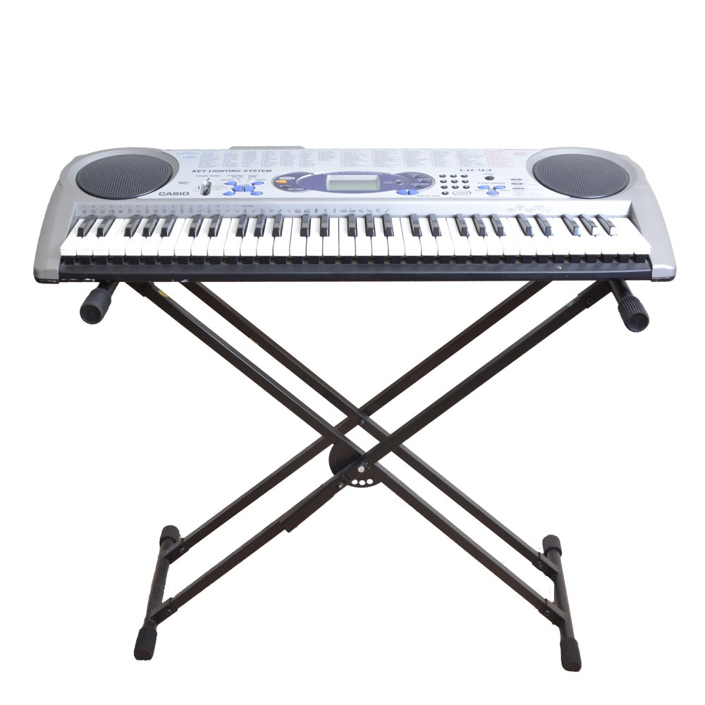 Casio Model Ctk 515 Electronic Keyboard With Stand And Two