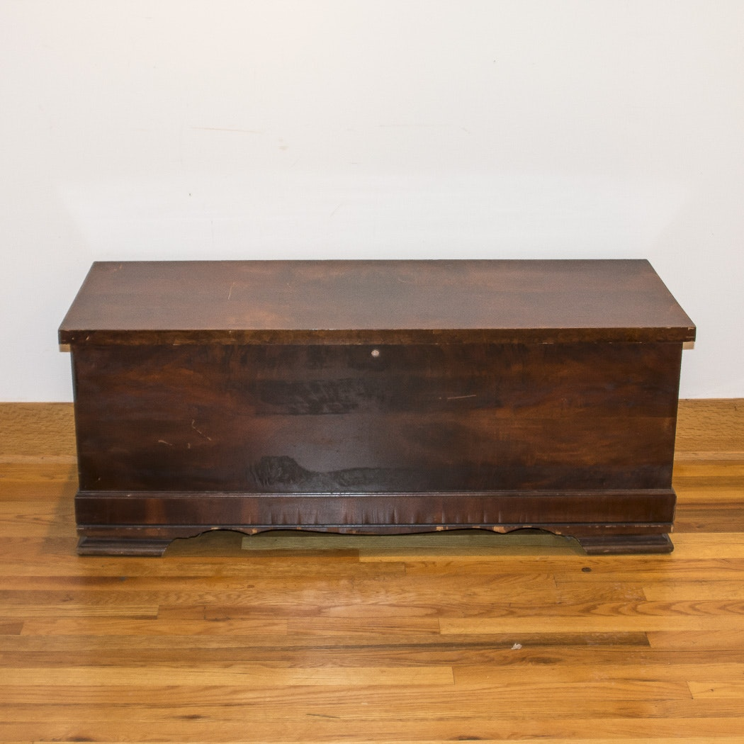 Vintage Lane Cedar- Lined Wood Chest