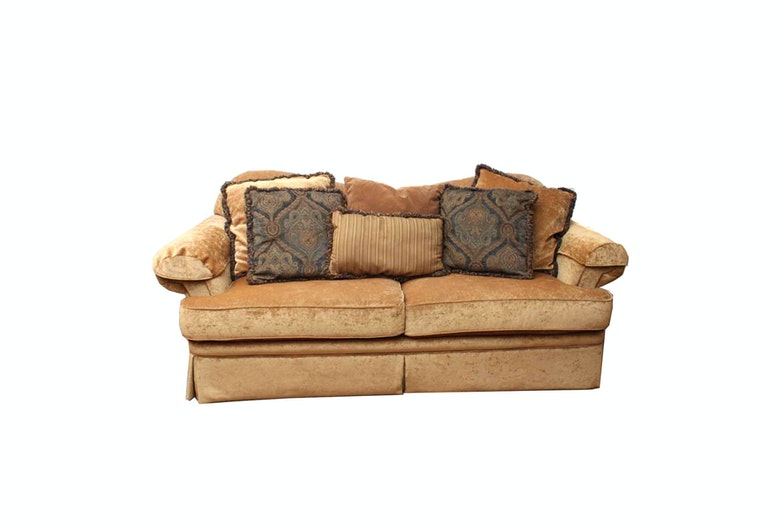 Huntington House Reverse Camelback Sofa