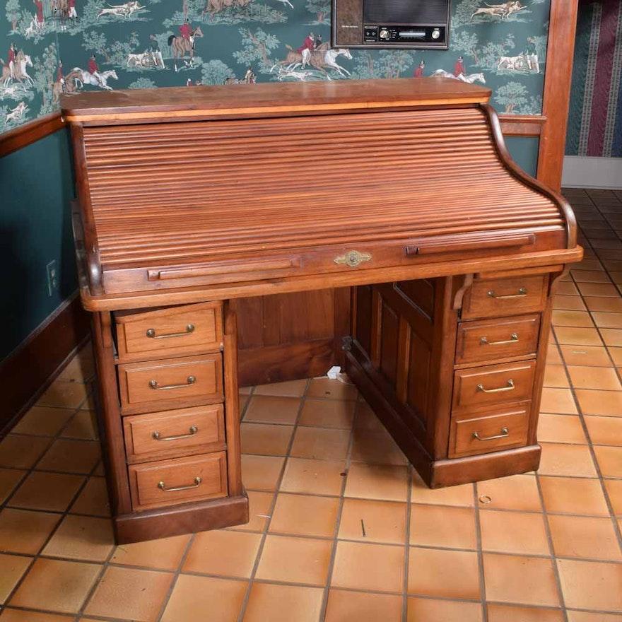 Antique Mahogany Roll Top Desk by the Gunn Furniture Company ... - Antique Mahogany Roll Top Desk By The Gunn Furniture Company : EBTH