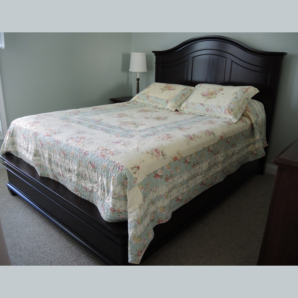 Contemporary Queen Size Bedframe