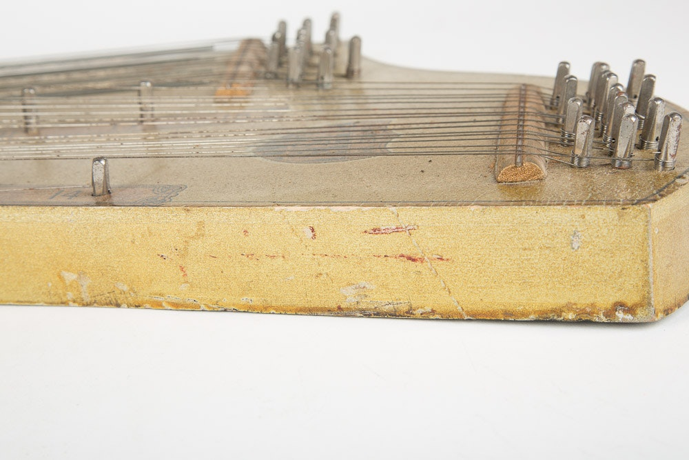 301826168964 moreover 231011587099 moreover History further 5168114 Vintage J E Bruton Guitar O Lin additionally Guitar Zither. on oscar schmidt ukelin