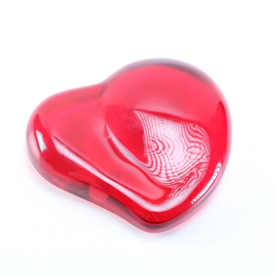 53636fdf36d Tiffany   Co. Elsa Peretti Red Crystal Heart Paperweight   EBTH