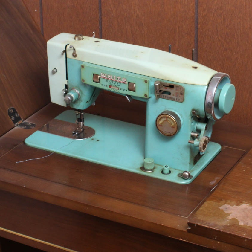 husqvarna mega quilter machine