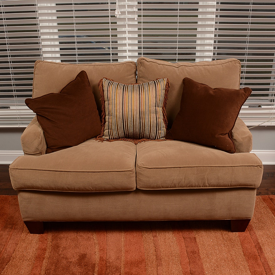 Drexel Heritage Loveseat From Walter E Smithe Furniture And Design Ebth