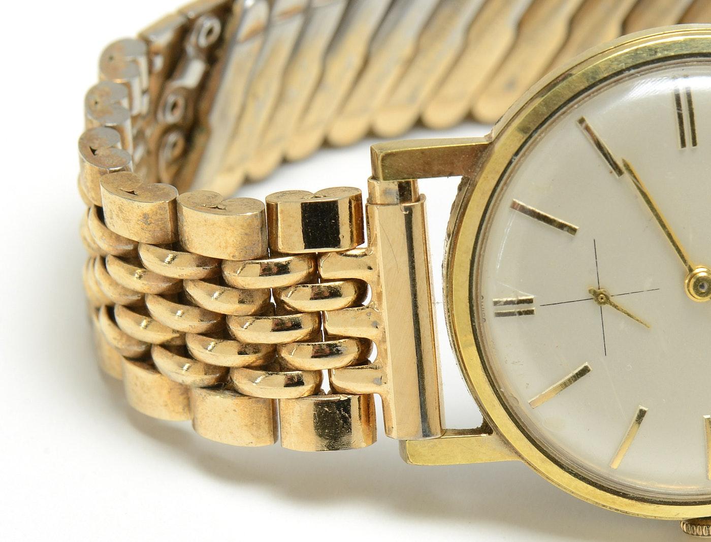 vintage gruen precision gold tone wristwatch ebth. Black Bedroom Furniture Sets. Home Design Ideas