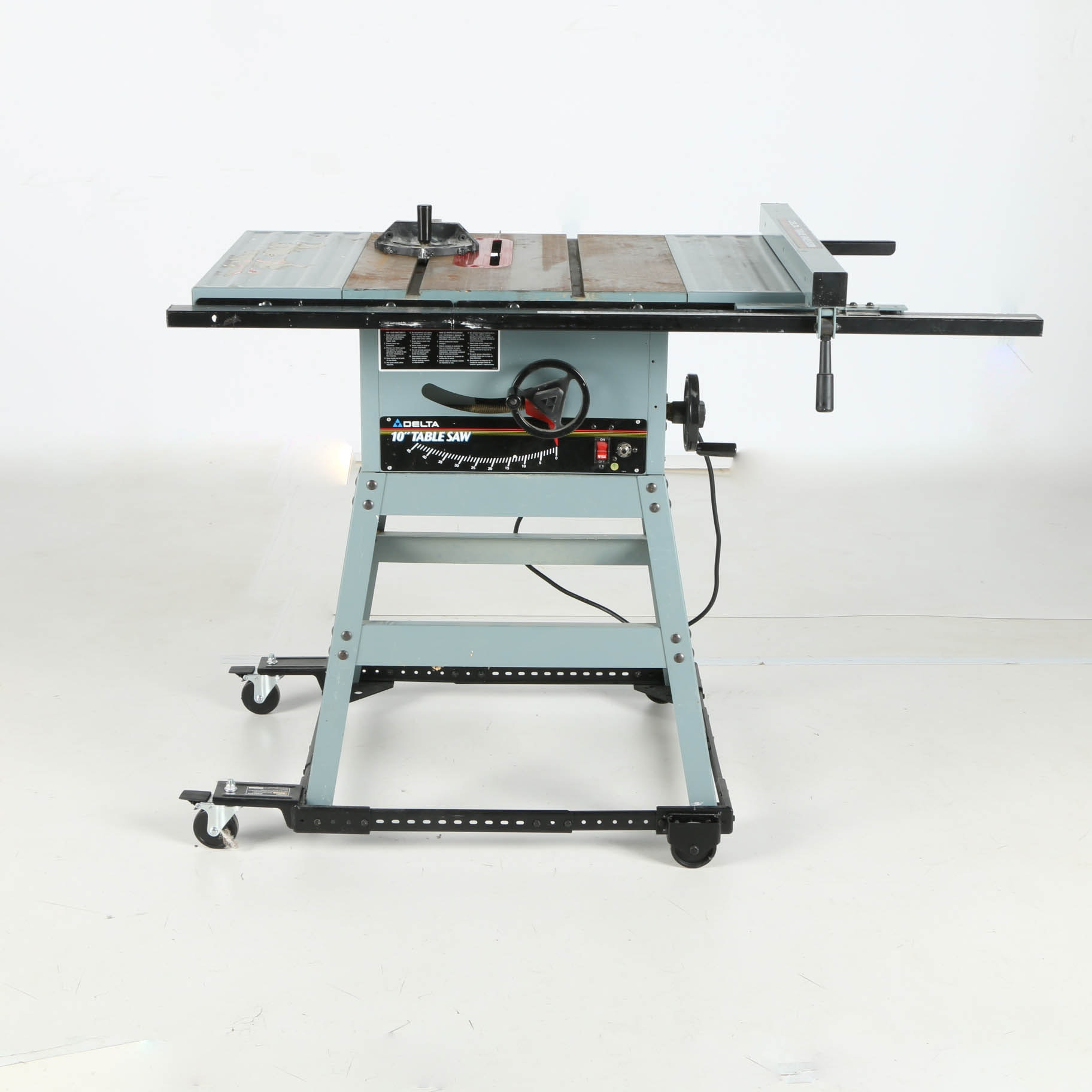 "Bb Auto Sales >> Delta 10"" Table Saw : EBTH"