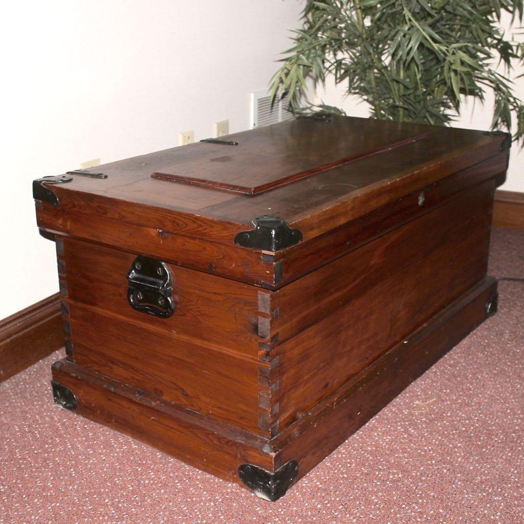 Vintage Cedar Chest Ebth