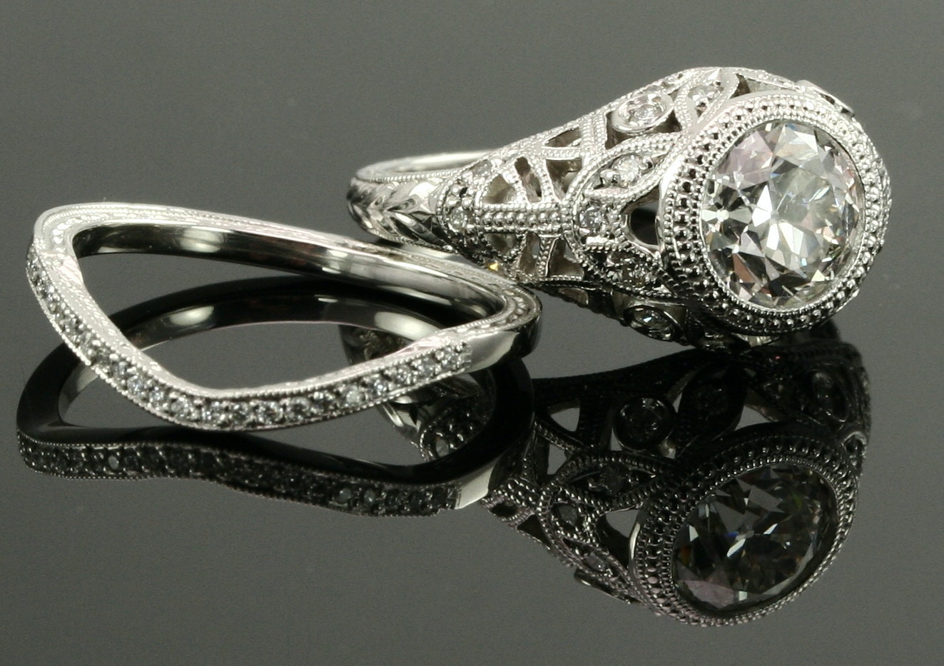 Buying an Antique or Vintage Engagement Ring Online Main Image