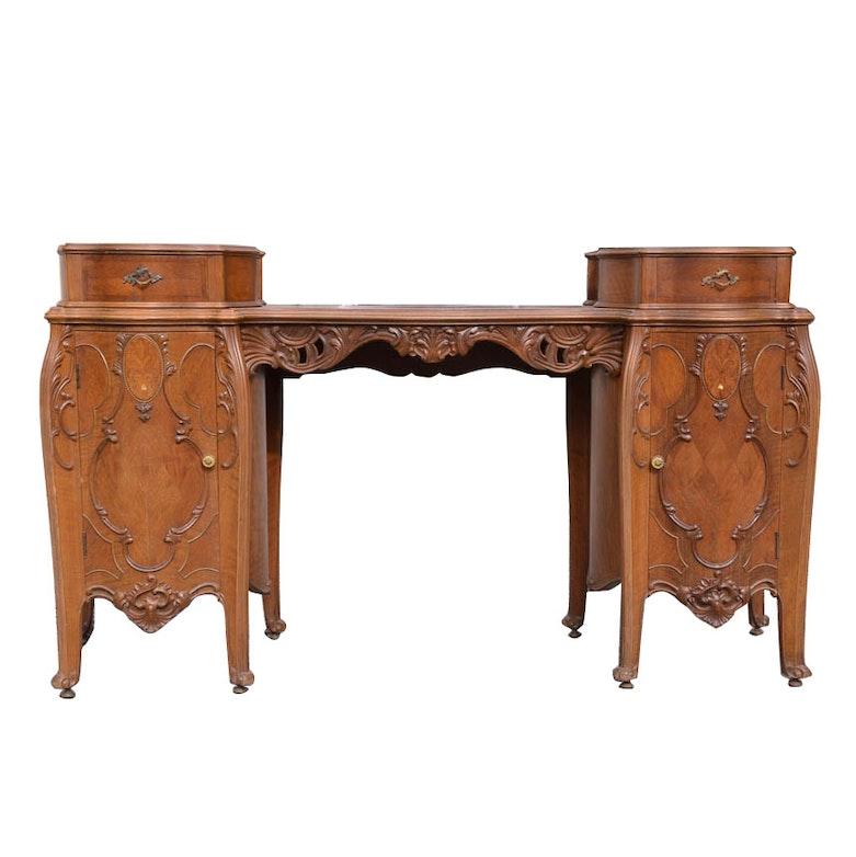 Vintage Furniture Auction