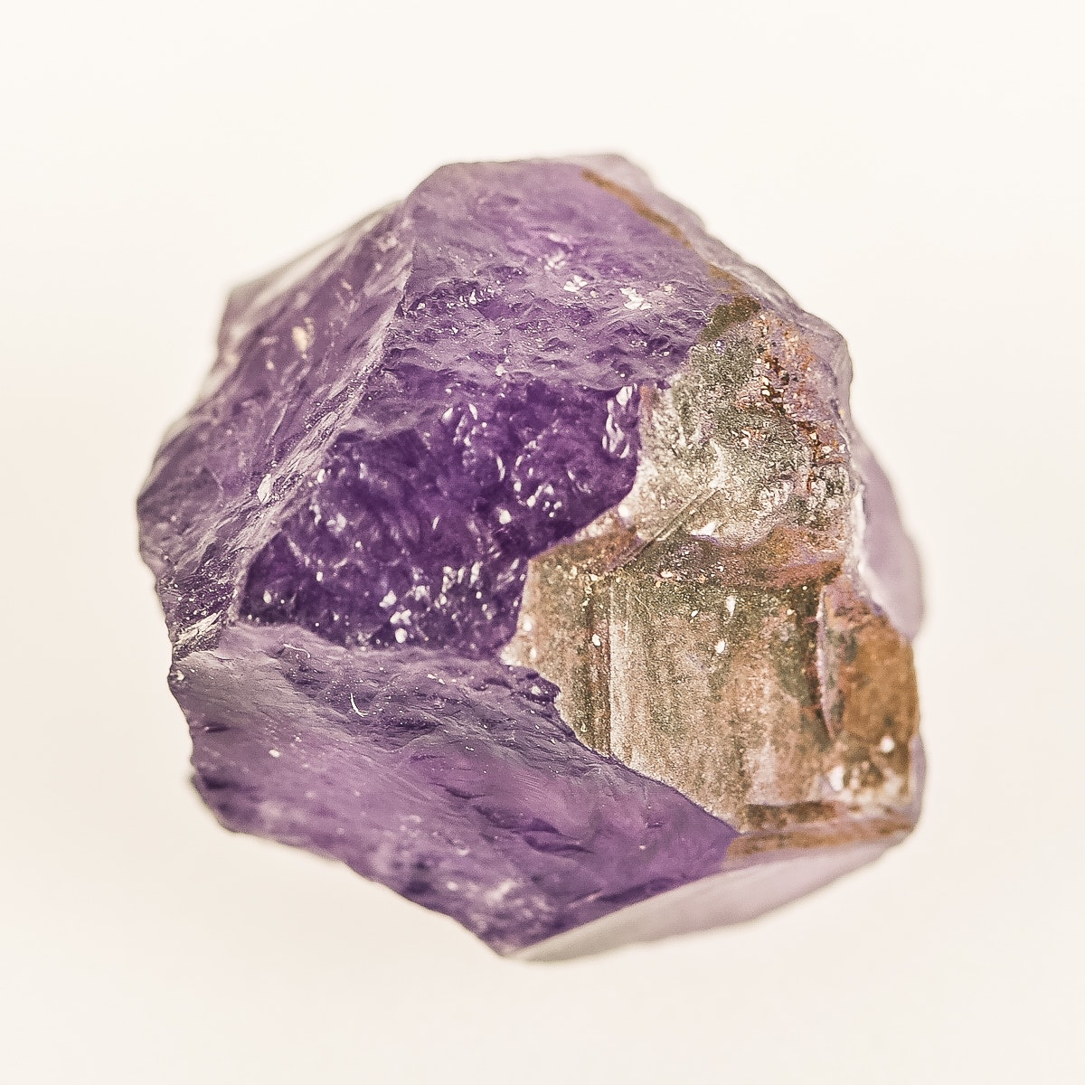 Loose 43.5 CTS Natural Rough Amethyst Gemstone