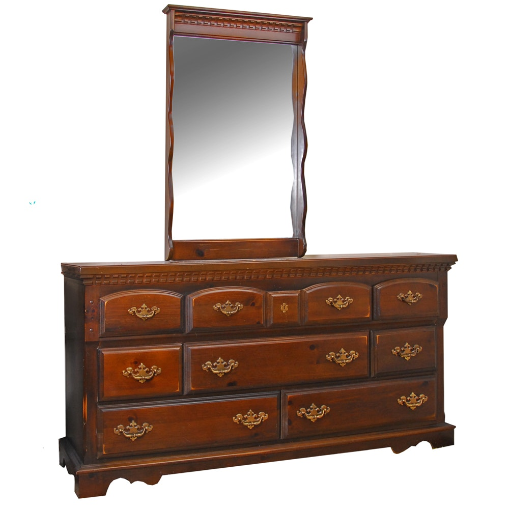 Charming Vintage Bassett Furniture Walnut Stained Dresser ...