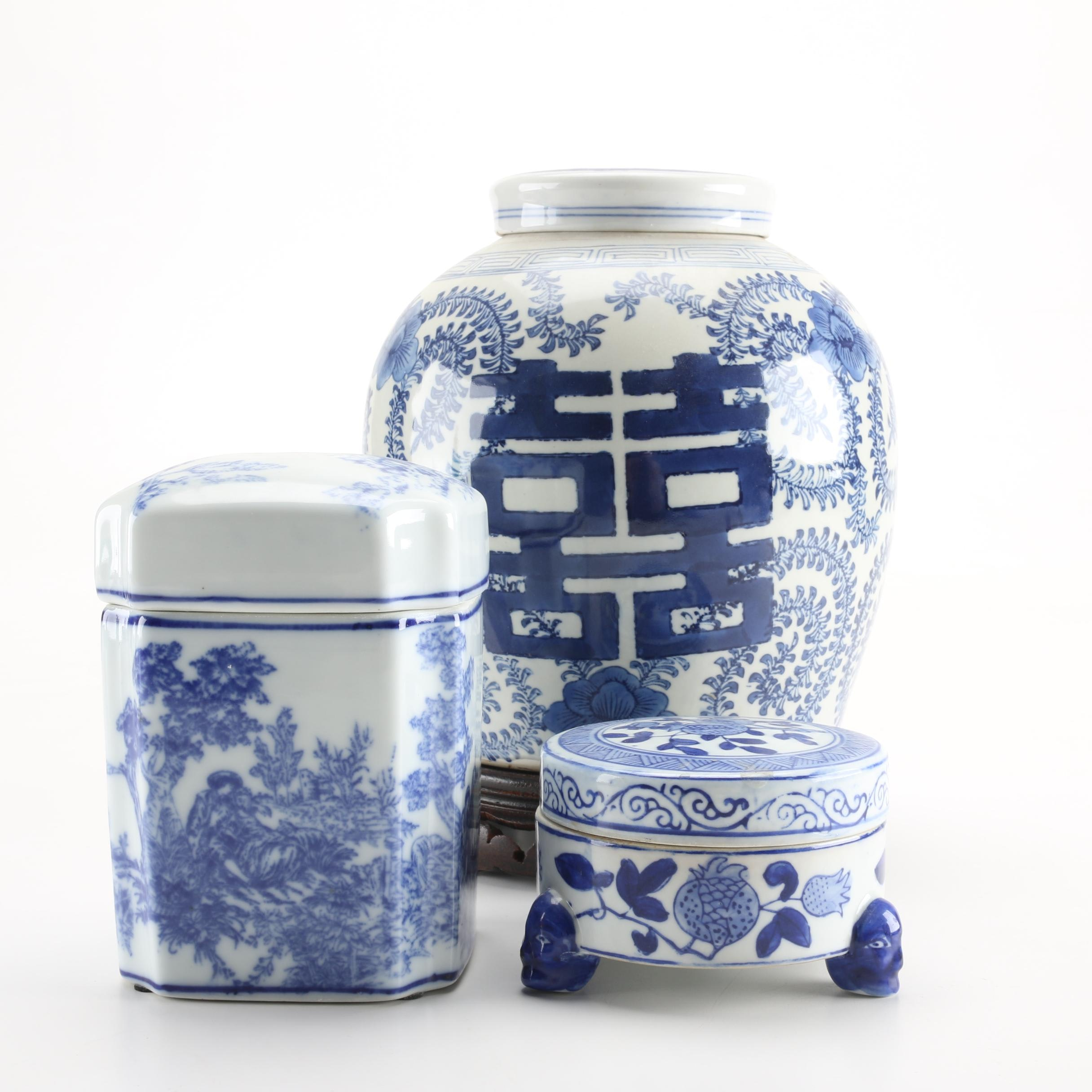 Collection of Chinese Décor