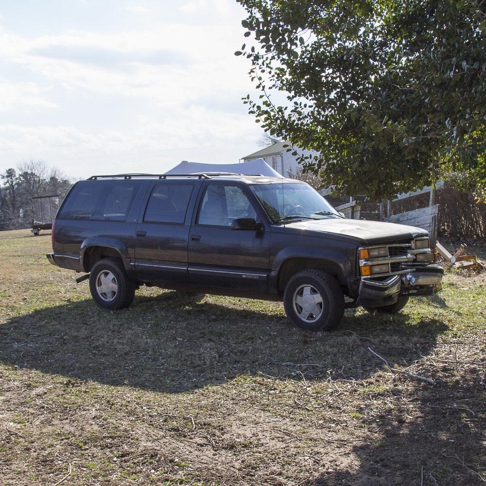 1996 Chevrolet Suburban 1500 LT