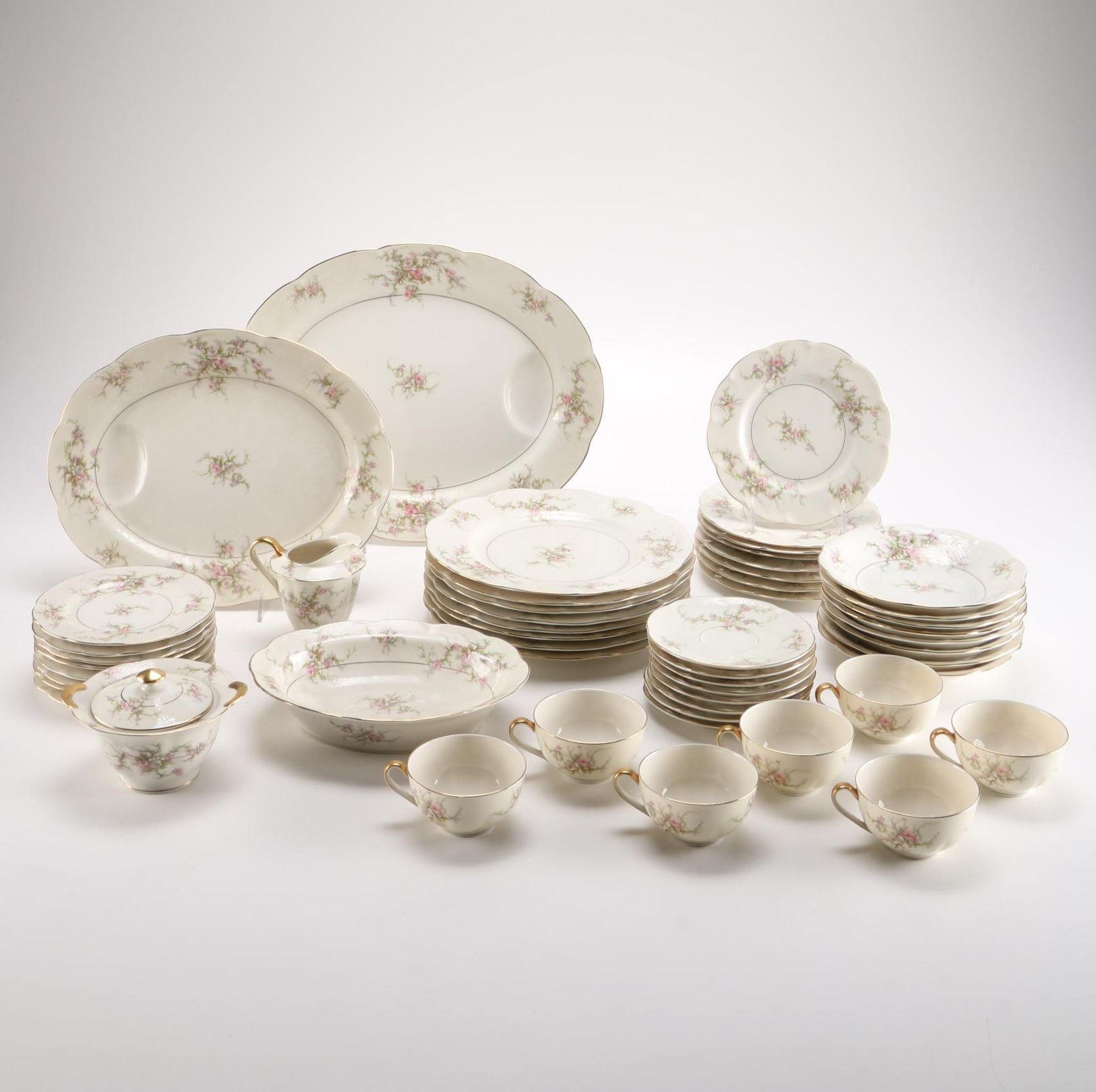 "Theodore Haviland ""Rosalinde"" China Set"