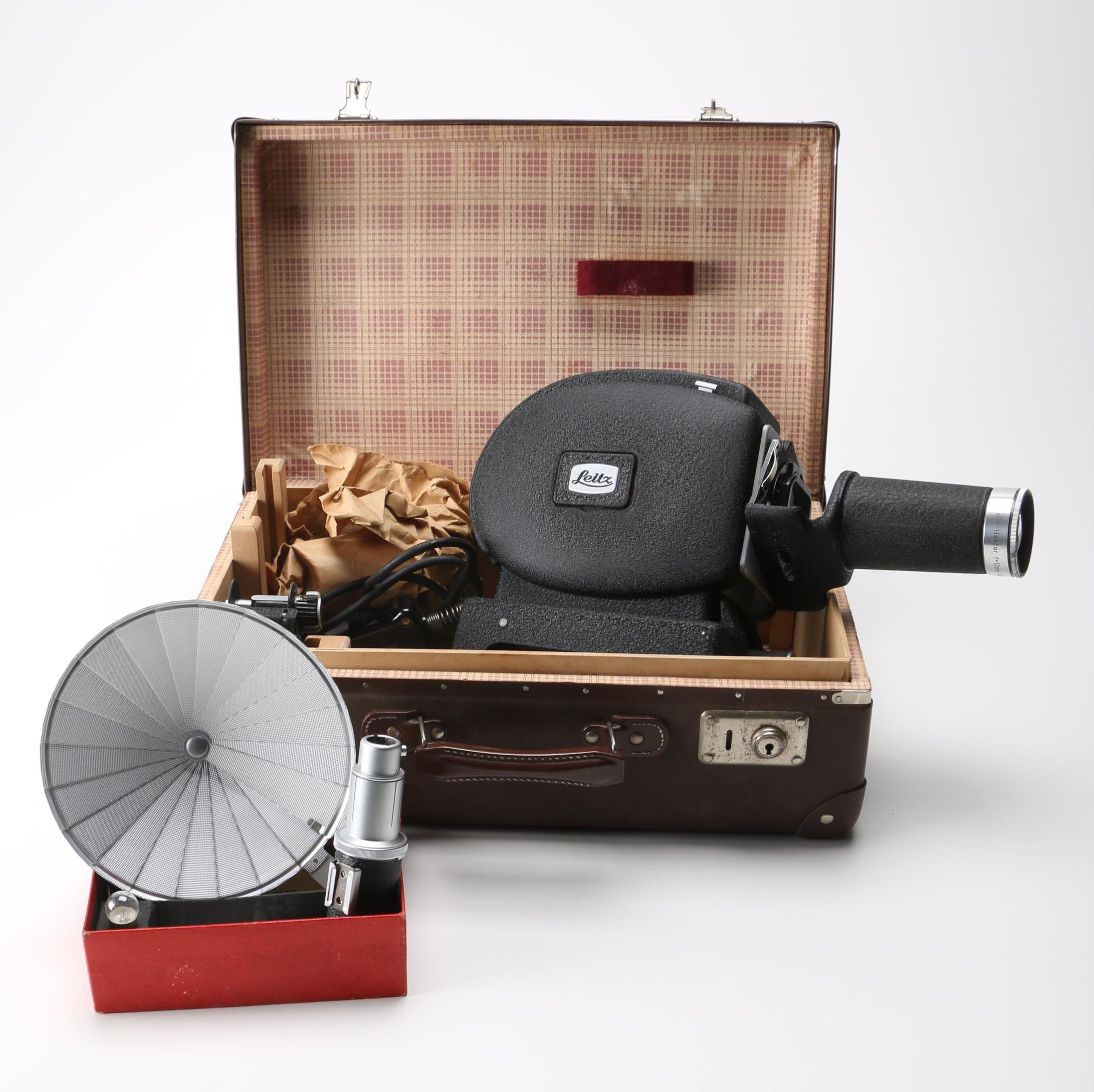 Leitz-Hektor Slide Projector and Case