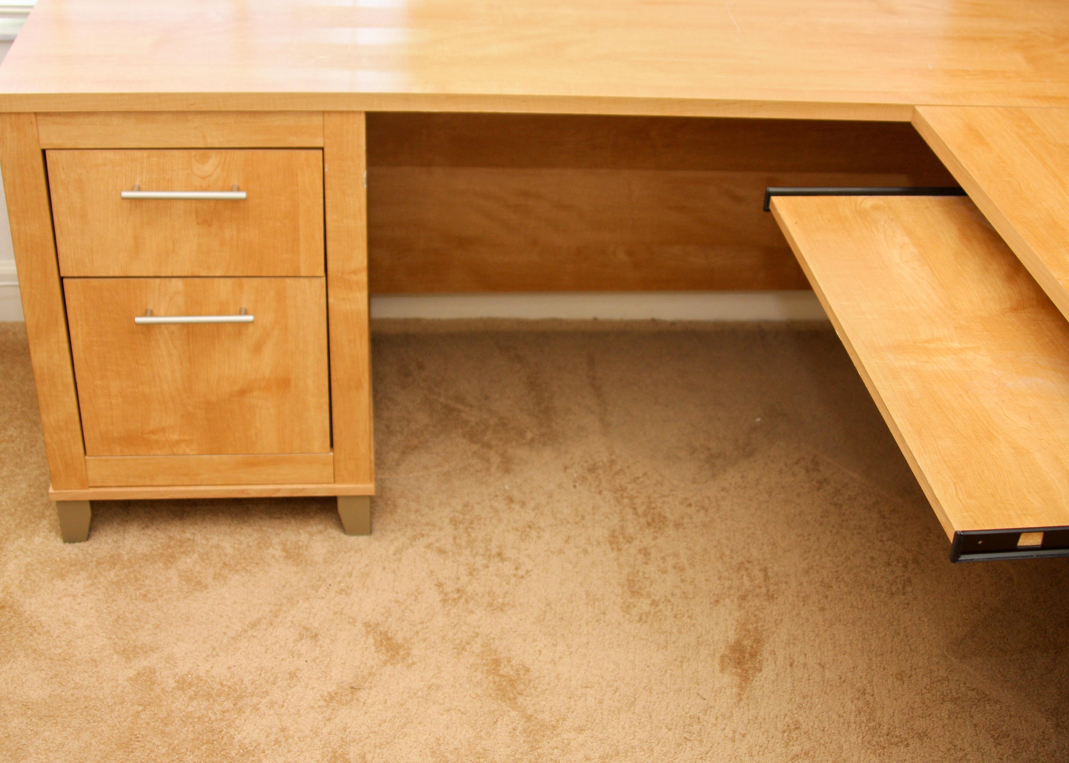 Bush Furniture Contemporary L Shaped Desk With Hutch In A