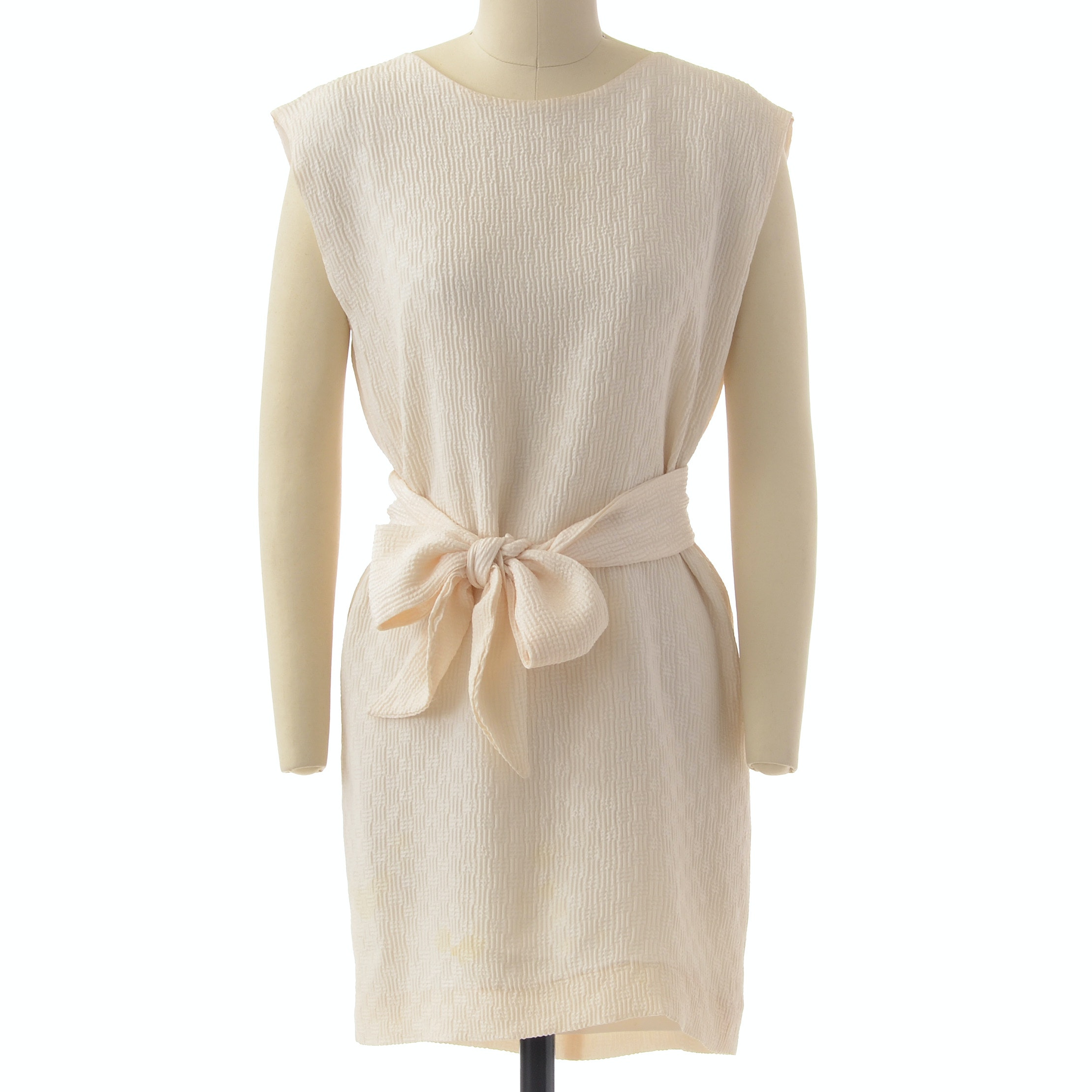 Catherine Regehr of Vancouver, British Columbia Ivory Sleeveless Shift Dress with Tie Belt