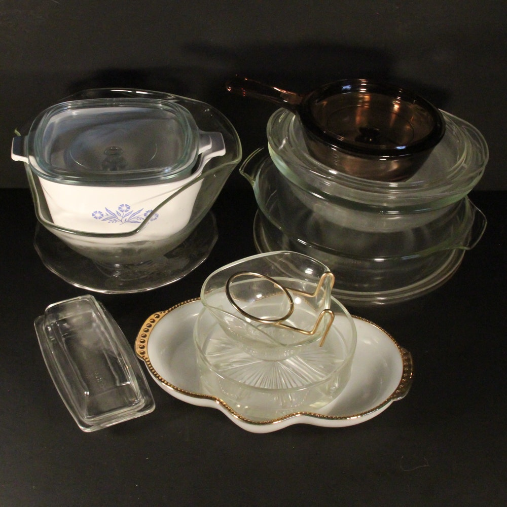 Collection of Glass Bakeware Dishes Featuring Pyrex, Anchor Hocking and Fire King