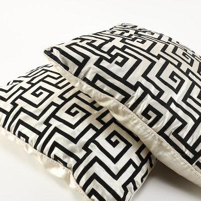 Vintage Throw Pillows Needlepoint Throw Pillows : EBTH